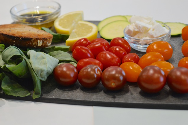 tomatoe-salad-ingredients