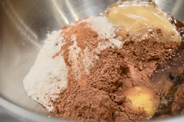 Chocolate almond cookie ingredients