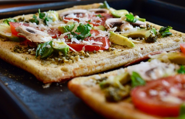 Healthy Gluten free Pesto Pizza